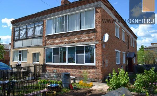 Трехкомнатная квартира с отдельным входом и палисадником